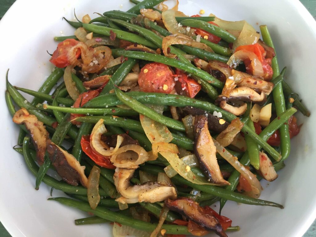 ... Sautéed Shiitakes, Green Beans, and Tomatoes - Curry Girls Kitchen
